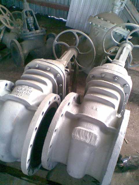 Задвижка стальная клиновая литая фланцевая с выдвижным шпинделем 30с41нж (зкл2 - 16)ду50-1200 ру16 рабочая среда